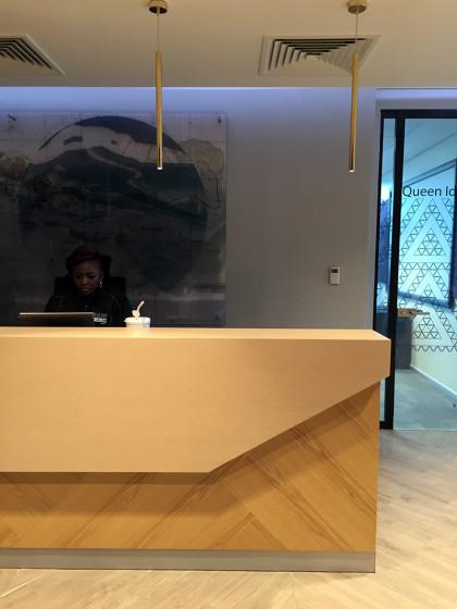 microsoft-WOOD-OFFICE-INTERIOR-DESIGN