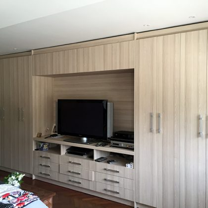 wardrobe-wood-custome-made